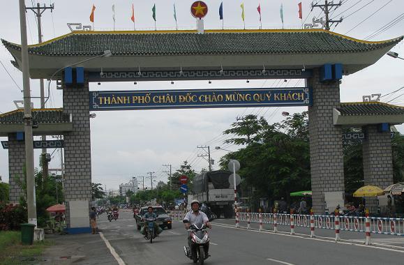 Bán nhớt Motul giá rẻ tại Châu Đốc