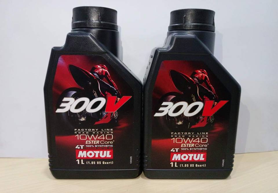 Nhớt Motul 300v giá bao nhiêu?